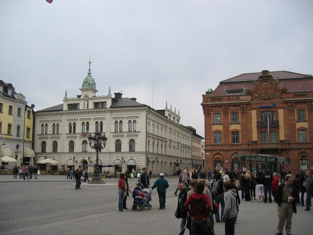 Place au centre-ville d'Uppsala